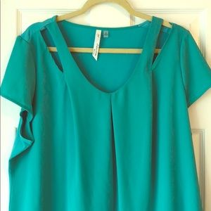 Short Sleeve Cut Out Blouse